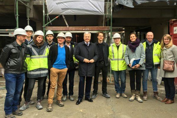 Le Ministre Reynders en visite sur un chantier d'Artès TWT