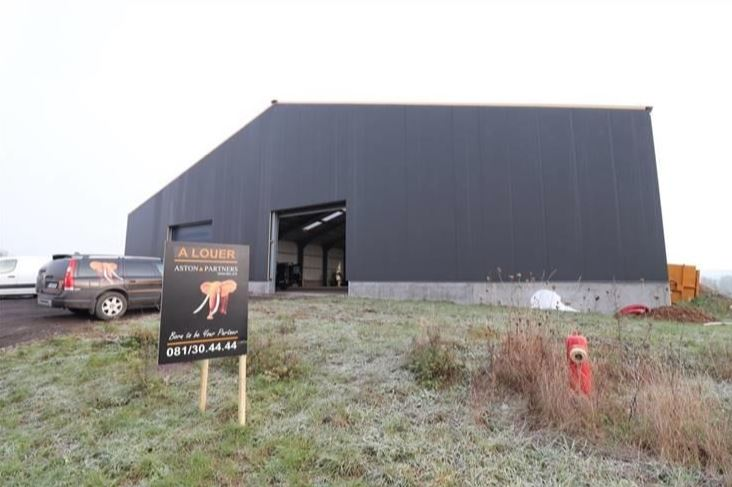 Entrepôt neuf à louer à Andenne