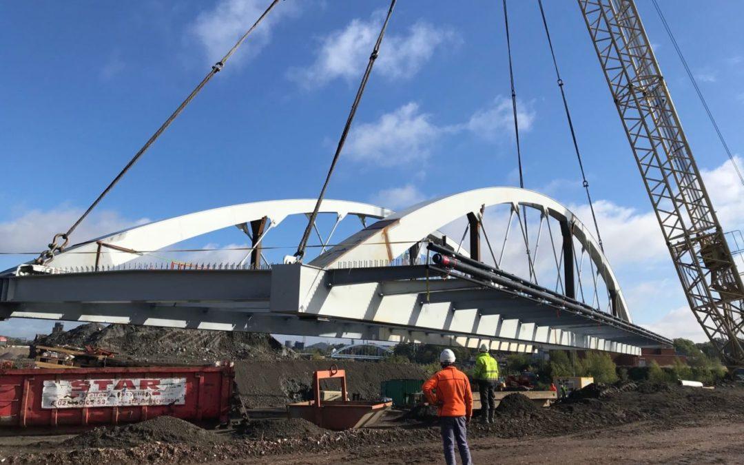 Installation d'un pont de 62 mètres et de 350 tonnes réalisé par TMI