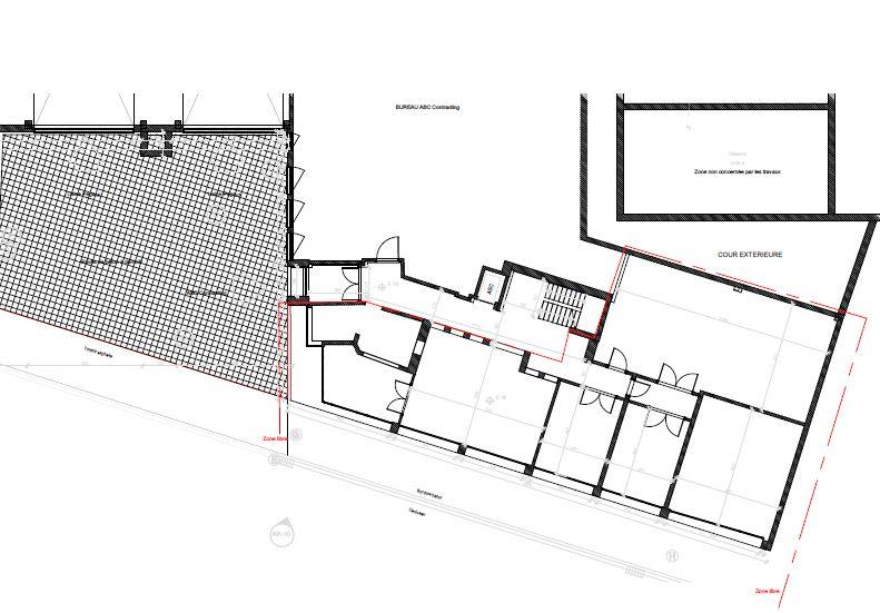 Espace à louer situé au rez-de chaussée des bâtiments de l'entreprise Pégard Productics.
